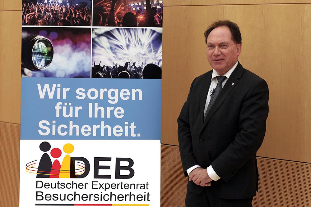 Vorstandsmitglied Dr. Hans-Walter Borries